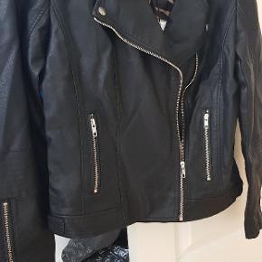 Soyaconcept jakke aldrig været brugt