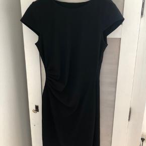 Ny Vero Moda kjole med tags i str. M.