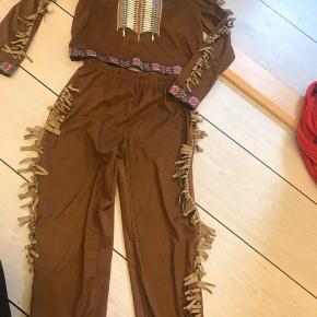 Indianertøj 6-8 år. Meget god kvalitet