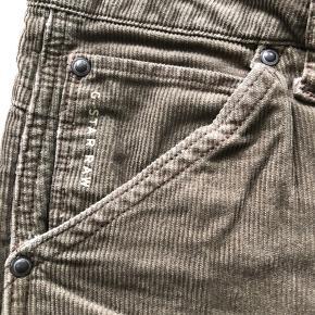 Lækre bukser, brugt få gange.  Str. 32/36  Bytter ikke.