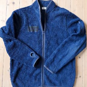 Fleece from Weekday. Signs of wear but good condition. Original price 500 DKK