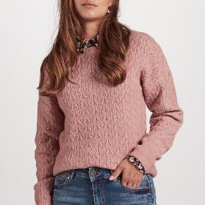 Vakker sweater