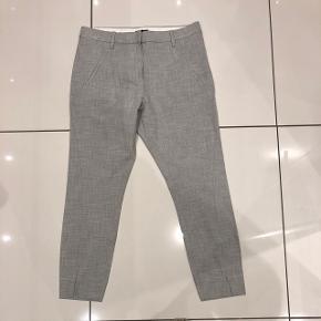 Super fine bukser fra fiveunits Angelie split dess 396  Str 28 Lys grå