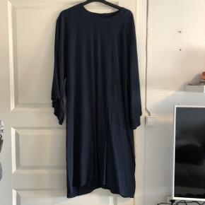 Fin kjole i størrelse XXL. Aldrig brugt