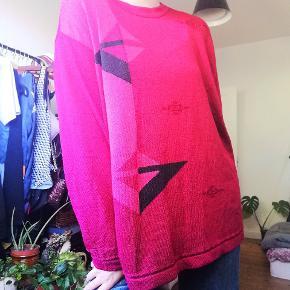 Fed oversized retro sweater.