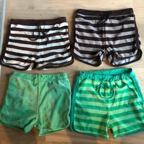 4 par dejlige bløde katvig shorts str 128-134