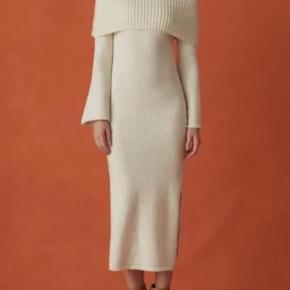 Cult Gaia kjole