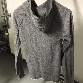 Lækket just junkies hoodie cond 8 har dsv ikke noget OG