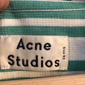 Sælger denne lækre Acne Studios skjorte. Ingen tegn på slid - Brugt to gange.