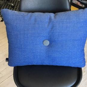 Sælger min lækre blå HAY pude.   Np 549,-