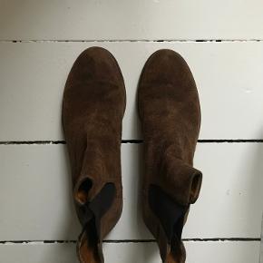 Super fine støvler fra The Last Conspiracy. Er brugt - men stadig i fin stand.   Skriv til 20747002 for flere billeder. Kan afhentes i København, på Nørrebro.