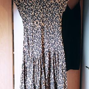 Flot kjole fra Zara, 450 fra ny - byd gerne :-)