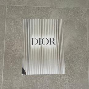 Dior anden accessory