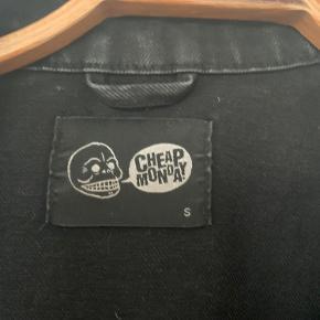 Cheap Monday denim jakke Hentes i København ø eller sendes på køberens regning