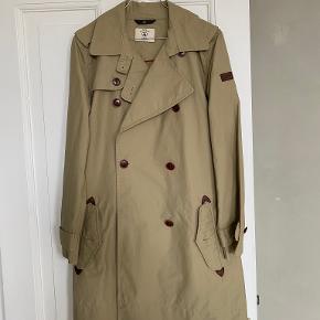 Aigle frakke