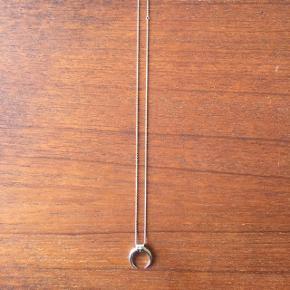 Stine A halskæde - Nypris 1.450 kr. Kædelængde: 51-62 cm