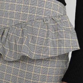 Nederdel fra Envii. Aldrig brugt 🌸