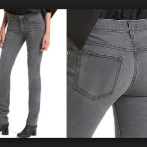 Acne jeans model Hex filter i rigtig fin condition. Str. 26/32