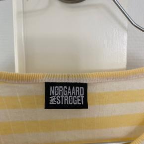 Brugt 2 gange - lysegul og hvid stribet Nørregaard :-)
