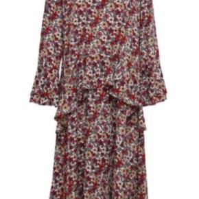 Fin Herskind kjole som kun er brugt nogle få gange. Mp. 400,-