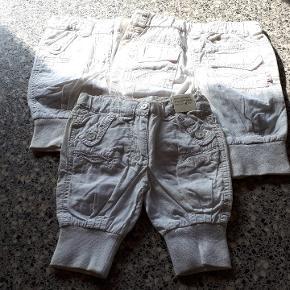 3 par bukser fra Little Girl Star 1 i str 68 1 i str 74 1 i str 80 Køber betaler forsendelse