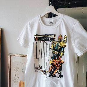 "T-shirt ""Gildan"" with Judge Dredd print 100% Cotton Size S"
