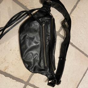 Adax bæltetaske