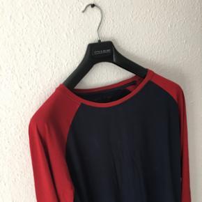 Langærmede t-shirt fra mærket Your Turn  Størrelse XL  Fitter mest medium