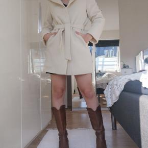Herluf Design frakke