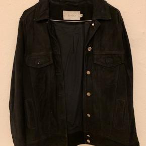 Ruskinds jakke fra stand