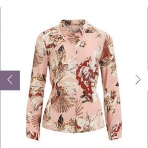 Smuk smuk skjorte bluse med binde bånd Brugt meget lidt     #30dayssellout