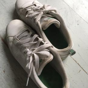 Adidas sneakers, 25 pp. Bytter ikke.