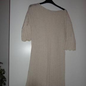 Aiayu kjole