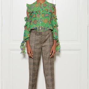 Model Nesso pants. Helt nye og ubrugte, men uden label. Str 40.