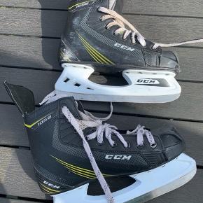 Ishockeyskøjter i str 42