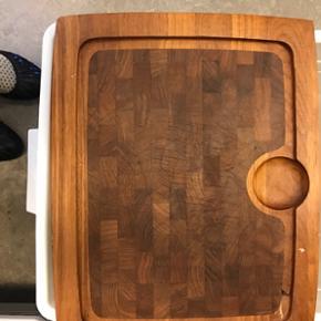 StortTeaktræs serveringsbakke / fad / skærebræt  Mål: 35x45 cm