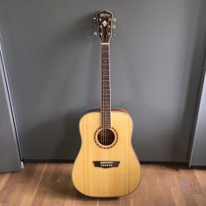 Super fin guitar - næsten ikke brugt, står bare og samler støv!   Mærke: Washburn, western   Medfølger: taske + digitalt stemmeapparat (den lille blå, som ses på billede 3. Batteriet skal dog skiftes)   Skriv endelig for flere billeder :)