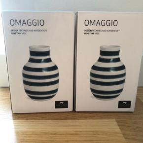 Kähler Omaggio vaser 12,5cm helt nye. Lysere grå end billede. 50kr/stk.
