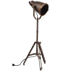 """NY super flot messing bordlampe """"Bergman"""" fra Miljøgården, i rustik stil. står stadig i plastikposen.  Mål: H 78 B 22 D 22 Bud fra 1400 kr. (sendes ikke, kan hentes på Djursland, tæt på Tirstrup/Ebeltoft)  *Handel kan foregå via TS, kontant, via bankkonto & Mobilepay*"""