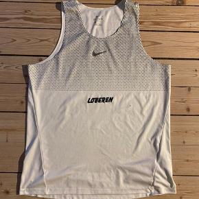 Løbesingletter fra Nike i str. L. Stort set ubrugte.  150 kr. pr. stk