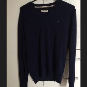 Tommy Hilfiger Pullover MørkeblåNp 700 kr Tag den for 250 kr