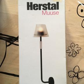 Sælger 2 uåbnet Herstal Muuse væglampe