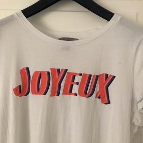 T-shirt med print fra H&M. Str. L. Brugt én gang