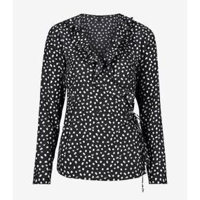Slå om bluse fra Vero moda :)
