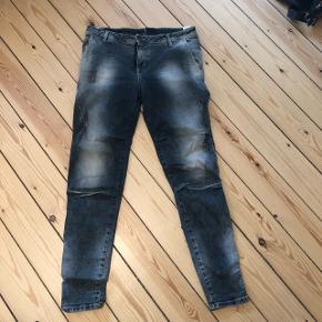 Jeans fra italienske maryley