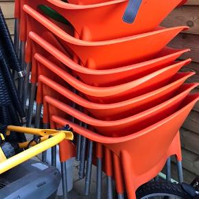 8 stk stabelbare havestole i plast