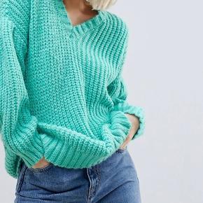 Oversized sweater fra Asos. Brugt få gange, og fremstår som fuldstændig ny.