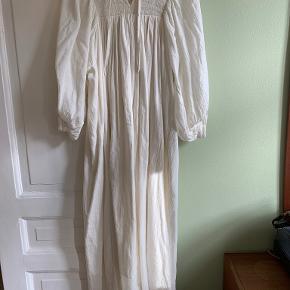 Skall Studio kjole
