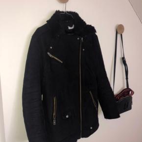 Rigtig fin jakke til de koldere dage