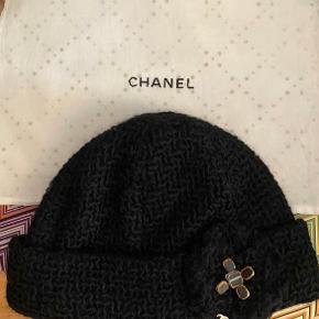 Chanel hat & hue